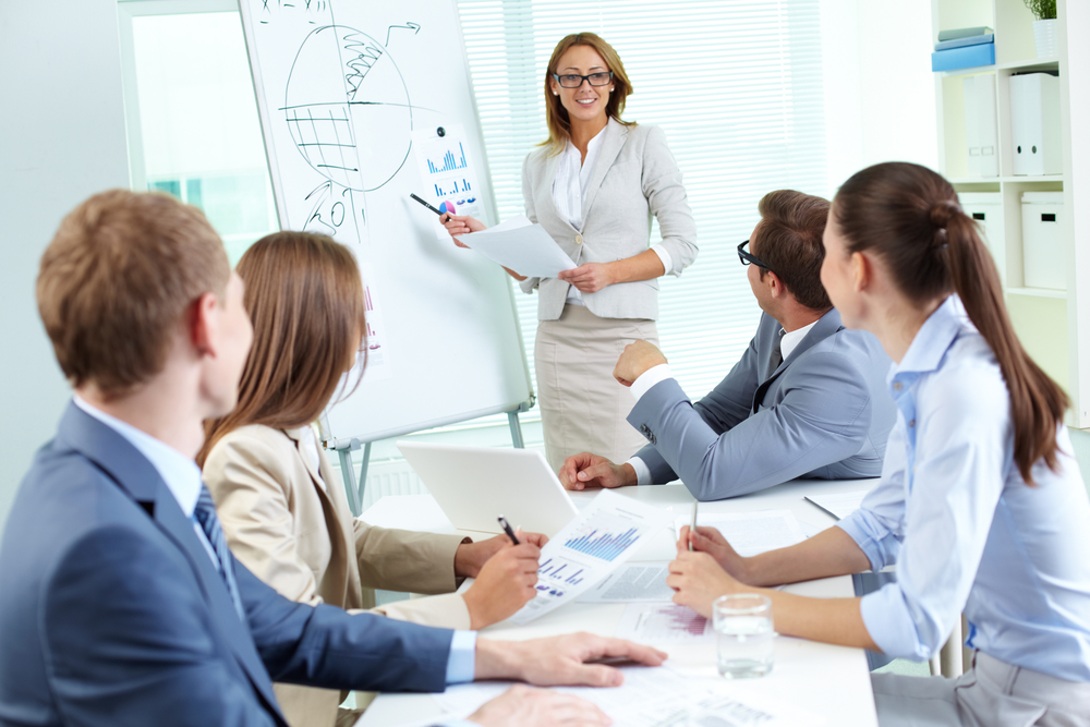 How to Use Mastermind Style Training to Get Results for Your Organization